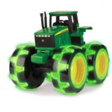 John Deere Monster auto